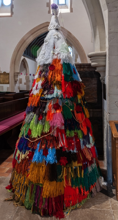 Knitted Tree 3